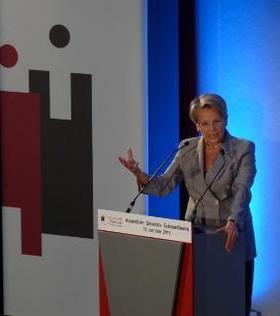 Intervention de Michèle Alliot-Marie, Ministre d'Etat, Garde des Sceaux, Ministre de la Justice et des Libertés lors de l'Assemblée Générale Extraordinaire du CNB, le 15 Octobre 2010