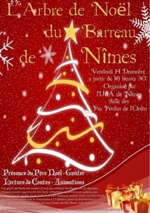 NIMES - Arbre de Noël
