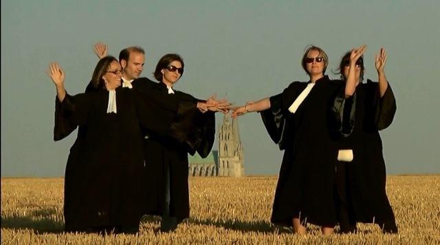 Pour regarder la Bande Annonce du comité de Chartres, il suffit de cliquer sur la photo...