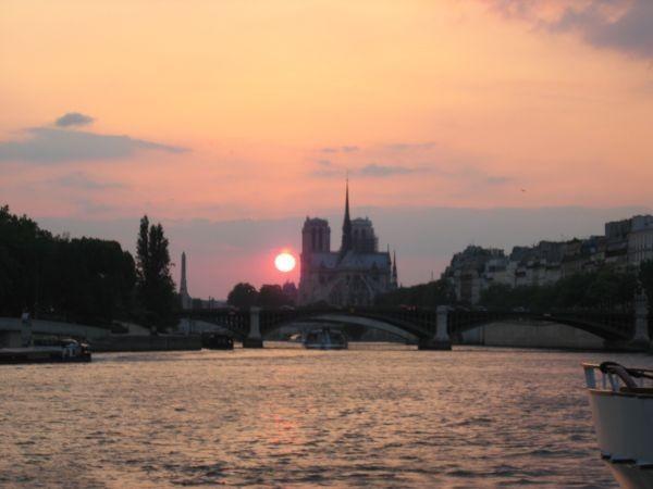 PARIS 2004 : Motion 'Retraite'